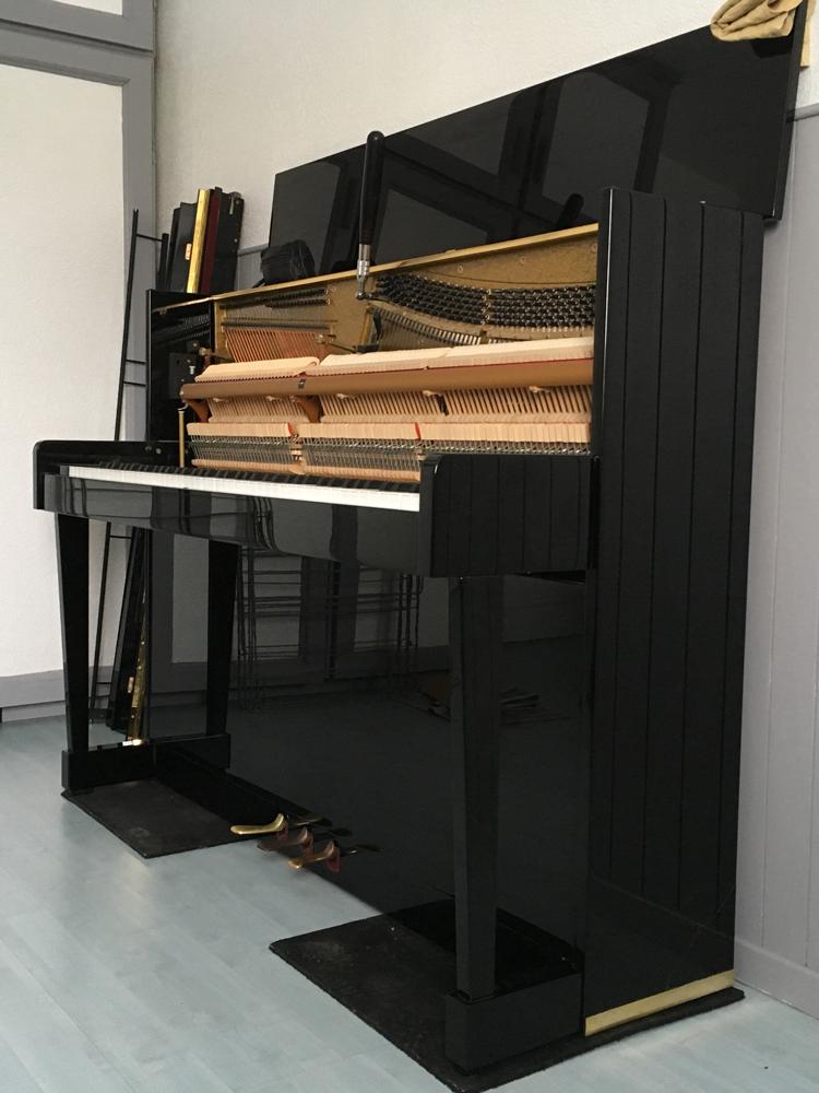 Accord piano Rameau suite à plusieurs manipulation pour réparation du panneau verticale et du patin-console