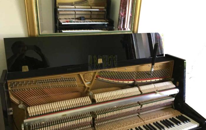 Pianos réflexions : mise à l'unisson d'un Sauter et d'un Grotrian-Steinweg