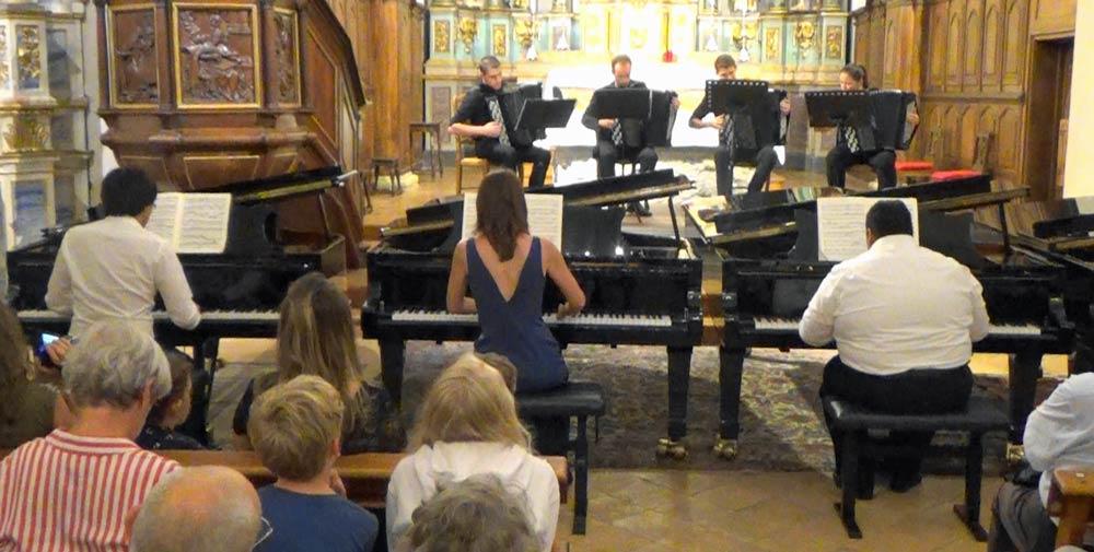 Concerto BWV 1063 en Ré m pour trois piano. J.C. Bach : Phi Linh Ngo, Anya Ricois Potapov, Ilo Razakarivony