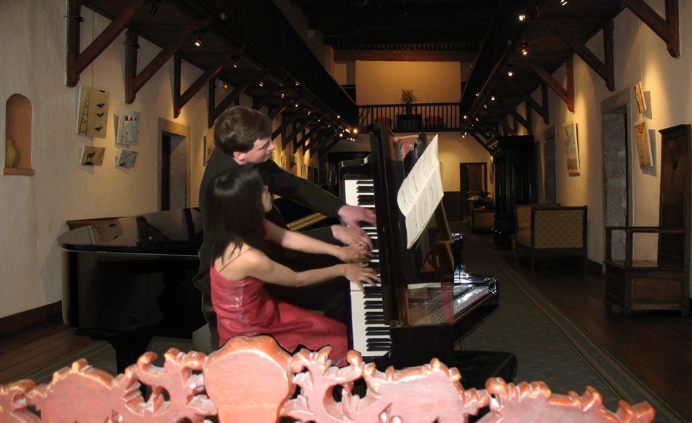 Mikiko Gemba-Moulin et Olivier Moulin - Abbaye Talloires, grande galerie, concert hommage à Debussy
