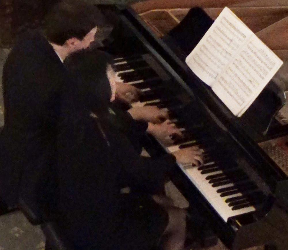 Olivier moulin et Mikkiko Gemba - Moulin : Petite suite (Claude Debussy) piano à 4 mains