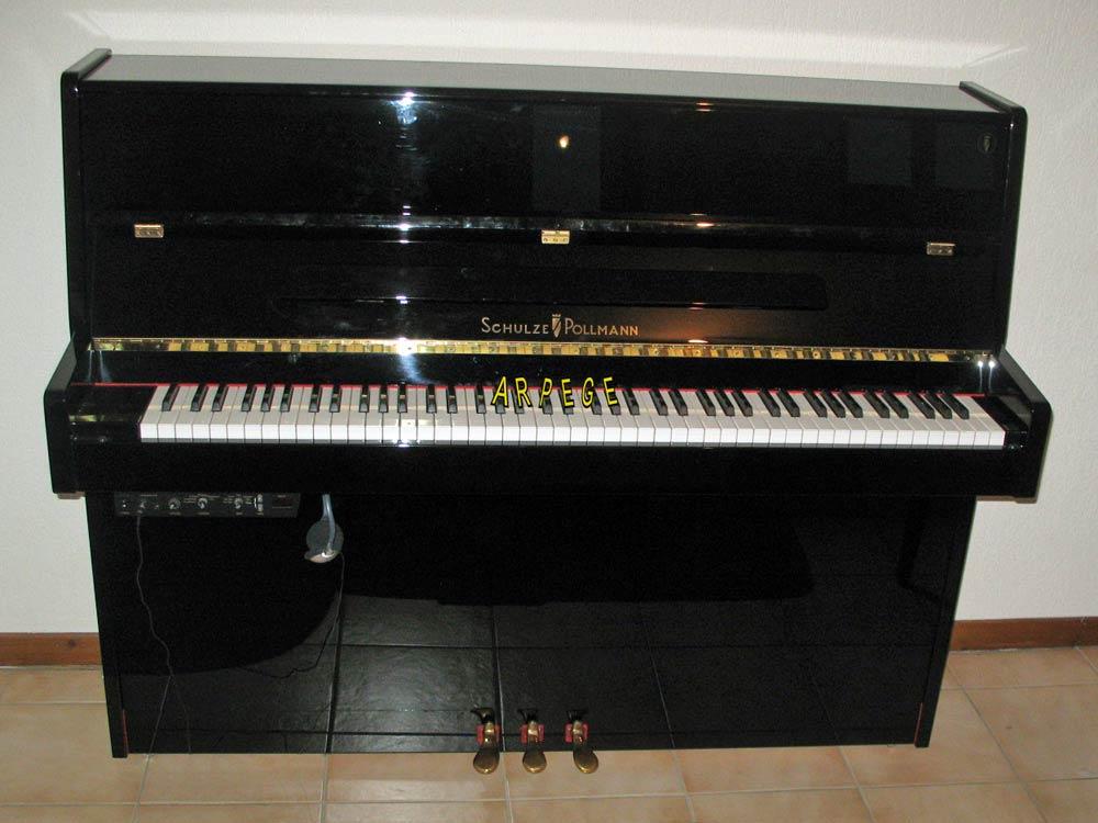 Piano Schulze-Pollman, 113 E - Moderno Notturno. Silencieux. Made in Bolzano, italie
