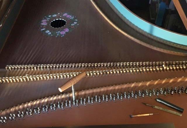reglage, harmonisation d'un clavecin :