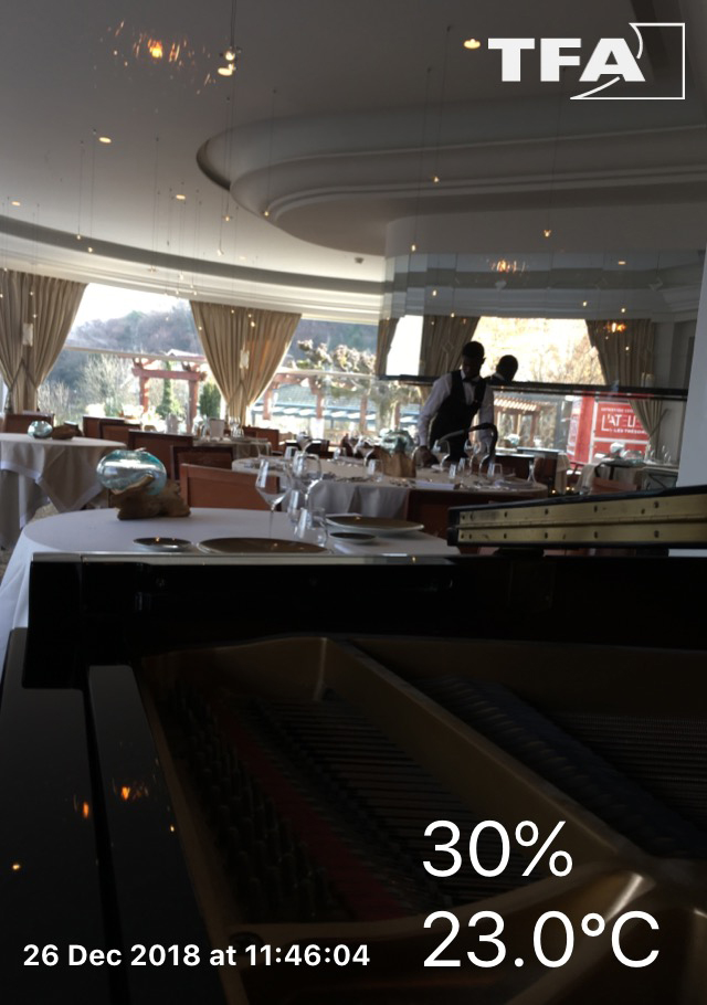 Accordage d'un piano à queue Boston GP 156 dans Hôtel des Trésoms à Annecy
