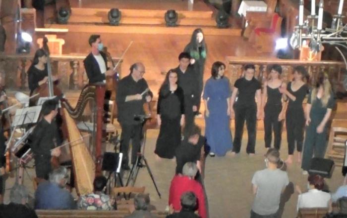 orchestre-jeunes-virtuoses-new-york-stella-legras-piano-tjasha-gafner_harpe
